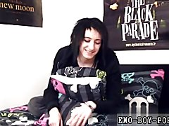 Clip gay sex facial Cute emo Mylo Fox joins homoemo in his first ever solo video! Mylo is