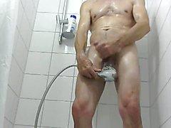 Duschen  scene 4