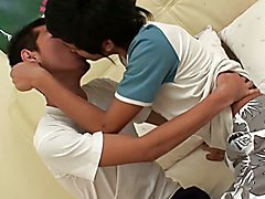 Asian Twinks Golf and Din Bareback