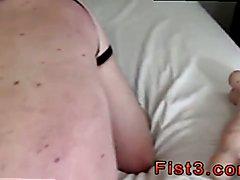 Video sex gay emo boy A Proper Stretching Fist Fuck!