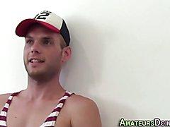 Toned amateur cums hard