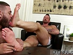 Hot movie to hairy men sucking them feet gay Hugh Hunter Worshiped Until He Cums