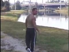 Slender guy fucks muscle man